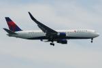 きんめいさんが、関西国際空港で撮影したデルタ航空 767-332/ERの航空フォト(写真)