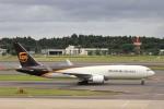 KAZFLYERさんが、成田国際空港で撮影したUPS航空 767-34AF/ERの航空フォト(写真)