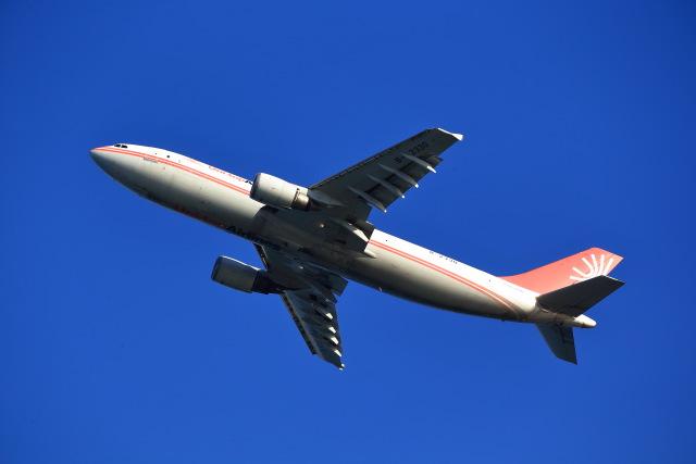 T.Sazenさんが、関西国際空港で撮影したユニ・トップエアラインズ A300B4-605R(F)の航空フォト(飛行機 写真・画像)