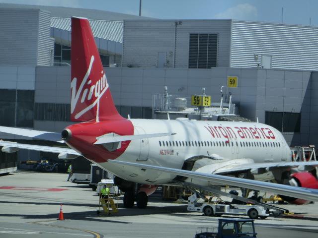 ヒロリンさんが、サンフランシスコ国際空港で撮影したヴァージン・アメリカ A320-214の航空フォト(飛行機 写真・画像)
