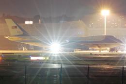 アイトムさんが、伊丹空港で撮影したアメリカ空軍 VC-25A (747-2G4B)の航空フォト(飛行機 写真・画像)