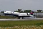 endress voyageさんが、伊丹空港で撮影したアイベックスエアラインズ CL-600-2C10 Regional Jet CRJ-702の航空フォト(写真)