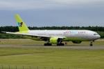 ウッディーさんが、新千歳空港で撮影したジンエアー 777-2B5/ERの航空フォト(写真)