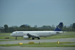 twinengineさんが、アムステルダム・スキポール国際空港で撮影したエア・アスタナ A321-131の航空フォト(飛行機 写真・画像)