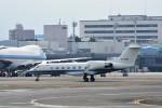 T.Sazenさんが、伊丹空港で撮影した航空自衛隊 U-4 Gulfstream IV (G-IV-MPA)の航空フォト(写真)