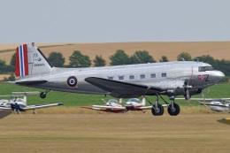 MOR1(新アカウント)さんが、ダックスフォード飛行場で撮影したuntitled DC-3Cの航空フォト(飛行機 写真・画像)