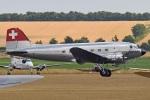 MOR1(新アカウント)さんが、ダックスフォード飛行場で撮影したuntitled DC-3Cの航空フォト(写真)