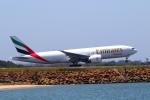 かみじょー。さんが、シドニー国際空港で撮影したエミレーツ航空 777-F1Hの航空フォト(写真)