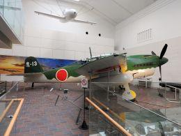 White Pelicanさんが、靖國神社 遊就館で撮影した日本海軍 D4Y1 Suisei Model 11の航空フォト(飛行機 写真・画像)