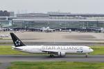 よしぱるさんが、羽田空港で撮影した全日空 767-381/ERの航空フォト(写真)