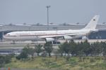 ITM44さんが、関西国際空港で撮影したドイツ空軍 A340-313Xの航空フォト(飛行機 写真・画像)