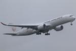 まえちんさんが、成田国際空港で撮影した日本航空 A350-941XWBの航空フォト(写真)