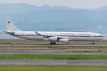 Tomo-Papaさんが、関西国際空港で撮影したドイツ空軍 A340-313Xの航空フォト(飛行機 写真・画像)