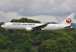 あしゅーさんが、福岡空港で撮影した日本航空 767-346の航空フォト(飛行機 写真・画像)