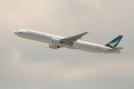 OMAさんが、香港国際空港で撮影したキャセイパシフィック航空 777-367の航空フォト(飛行機 写真・画像)