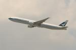 OMAさんが、香港国際空港で撮影したキャセイパシフィック航空 777-367/ERの航空フォト(飛行機 写真・画像)