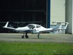 otromarkさんが、八尾空港で撮影した日本法人所有 DA42 NG TwinStarの航空フォト(写真)