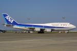 Hariboさんが、羽田空港で撮影した全日空 747-481(D)の航空フォト(写真)