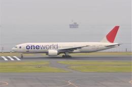 kumagorouさんが、羽田空港で撮影した日本航空 777-246の航空フォト(写真)