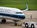 名無しの権兵衛さんが、新潟空港で撮影した中国南方航空 A320-214の航空フォト(写真)