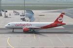 matsuさんが、フランクフルト国際空港で撮影したエア・ベルリン A320-214の航空フォト(写真)