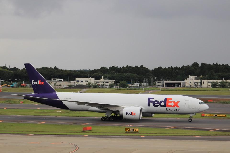 KAZFLYERさんのフェデックス・エクスプレス Boeing 777-200 (N887FD) 航空フォト
