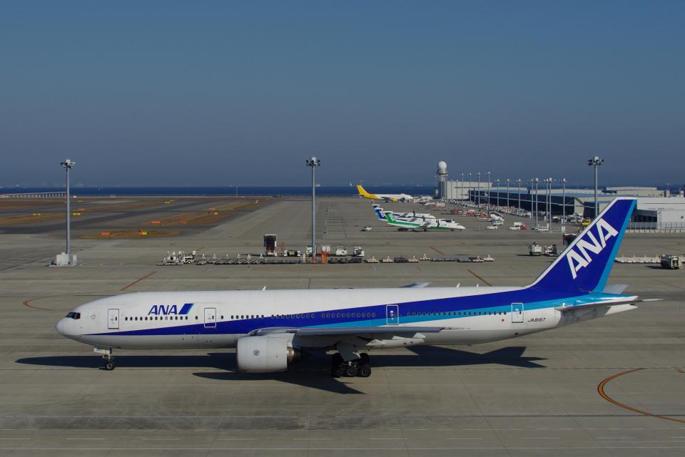 yabyanさんの全日空 Boeing 777-200 (JA8197) 航空フォト