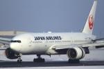 とらとらさんが、新千歳空港で撮影した日本航空 777-289の航空フォト(写真)