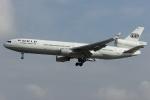 Hariboさんが、フランクフルト国際空港で撮影したワールド・エアウェイズ MD-11Fの航空フォト(写真)