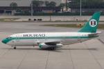 Hariboさんが、シンガポール・チャンギ国際空港で撮影したボーラック・インドネシア航空 737-230/Advの航空フォト(写真)
