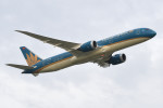 いもや太郎さんが、タンソンニャット国際空港で撮影したベトナム航空 787-9の航空フォト(写真)