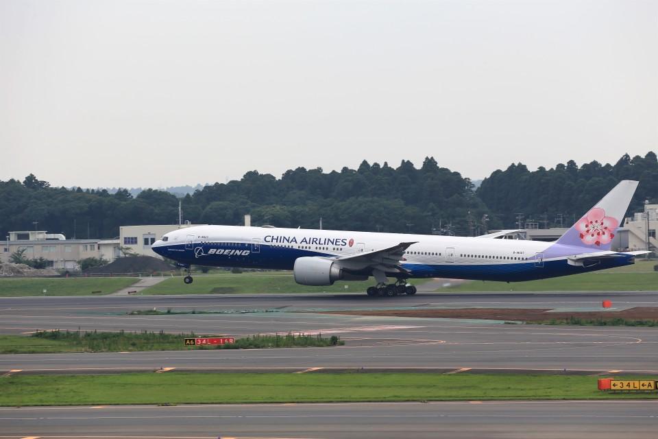 T.Sazenさんのチャイナエアライン Boeing 777-300 (B-18007) 航空フォト