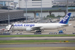 とむくんさんが、羽田空港で撮影した全日空 767-381/ER(BCF)の航空フォト(写真)
