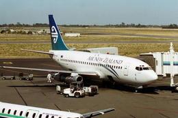 wunalaさんが、クライストチャーチ国際空港で撮影したニュージーランド航空 737-219C/Advの航空フォト(飛行機 写真・画像)