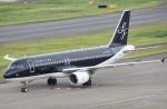 とむくんさんが、羽田空港で撮影したスターフライヤー A320-214の航空フォト(写真)