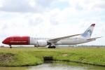 BTYUTAさんが、アムステルダム・スキポール国際空港で撮影したノルウェー・エアUK 787-9の航空フォト(写真)