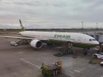 マッペケさんが、台湾桃園国際空港で撮影したエバー航空 777-35E/ERの航空フォト(写真)