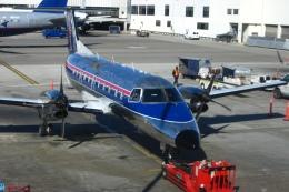 Hiro-hiroさんが、ロサンゼルス国際空港で撮影したスカイウエスト EMB-120 Brasiliaの航空フォト(飛行機 写真・画像)