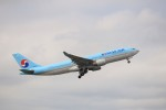 KAZFLYERさんが、成田国際空港で撮影した大韓航空 A330-223の航空フォト(写真)