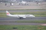 keitsamさんが、羽田空港で撮影したジェイ・エア ERJ-190-100(ERJ-190STD)の航空フォト(写真)