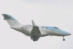 小牛田薫さんが、成田国際空港で撮影した日本法人所有 HA-420の航空フォト(写真)