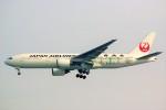 ちっとろむさんが、羽田空港で撮影した日本航空 777-246の航空フォト(写真)