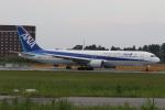 ショウさんが、成田国際空港で撮影した全日空 767-381/ERの航空フォト(写真)