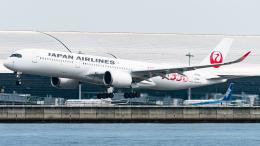 pinama9873さんが、関西国際空港で撮影した日本航空 A350-941の航空フォト(飛行機 写真・画像)