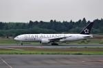 T.Sazenさんが、成田国際空港で撮影したユナイテッド航空 777-224/ERの航空フォト(飛行機 写真・画像)