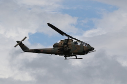 ショウさんが、旭川駐屯地で撮影した陸上自衛隊 AH-1Sの航空フォト(飛行機 写真・画像)