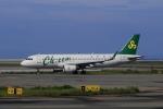 やまさんが、関西国際空港で撮影した春秋航空 A320-214の航空フォト(写真)