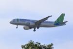 やまさんが、タンソンニャット国際空港で撮影したバンブー・エアウェイズ A320-214の航空フォト(写真)