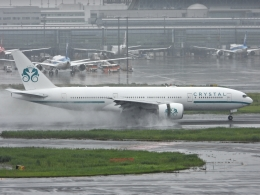 チャレンジャーさんが、羽田空港で撮影したクリスタル・ラグジュアリー・エア 777-29M/LRの航空フォト(写真)