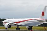 mike48さんが、千歳基地で撮影した航空自衛隊 777-3SB/ERの航空フォト(写真)